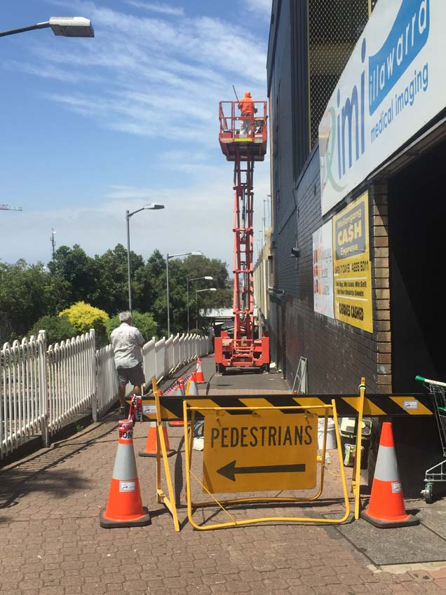 Exclusion zone on footpath during construction - Piccadilly Centre, Wollongong